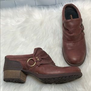 Merrell Shiloh Chocolate Brown Leather Clogs Sz 9